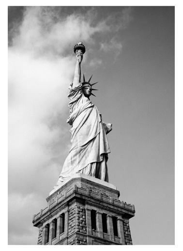 MarkaEv Canvas Özgürlük Anıtı Tablo 0063 Renkli